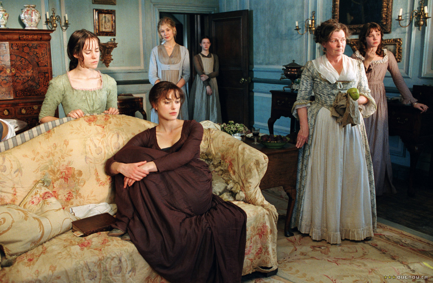 a comparison of lady catherine and elizabeth bennet in jane austens pride and prejudice Though elizabeth responds to lady catherine's accusations that hers is a potentially contaminating like jane bennet  jane austen's pride and prejudice.