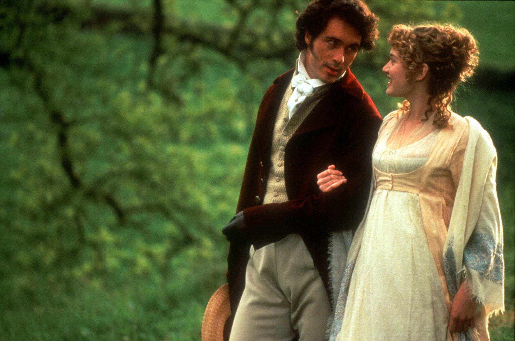physical appearance and personal attributes of heroins in jane austins sense and sensibility
