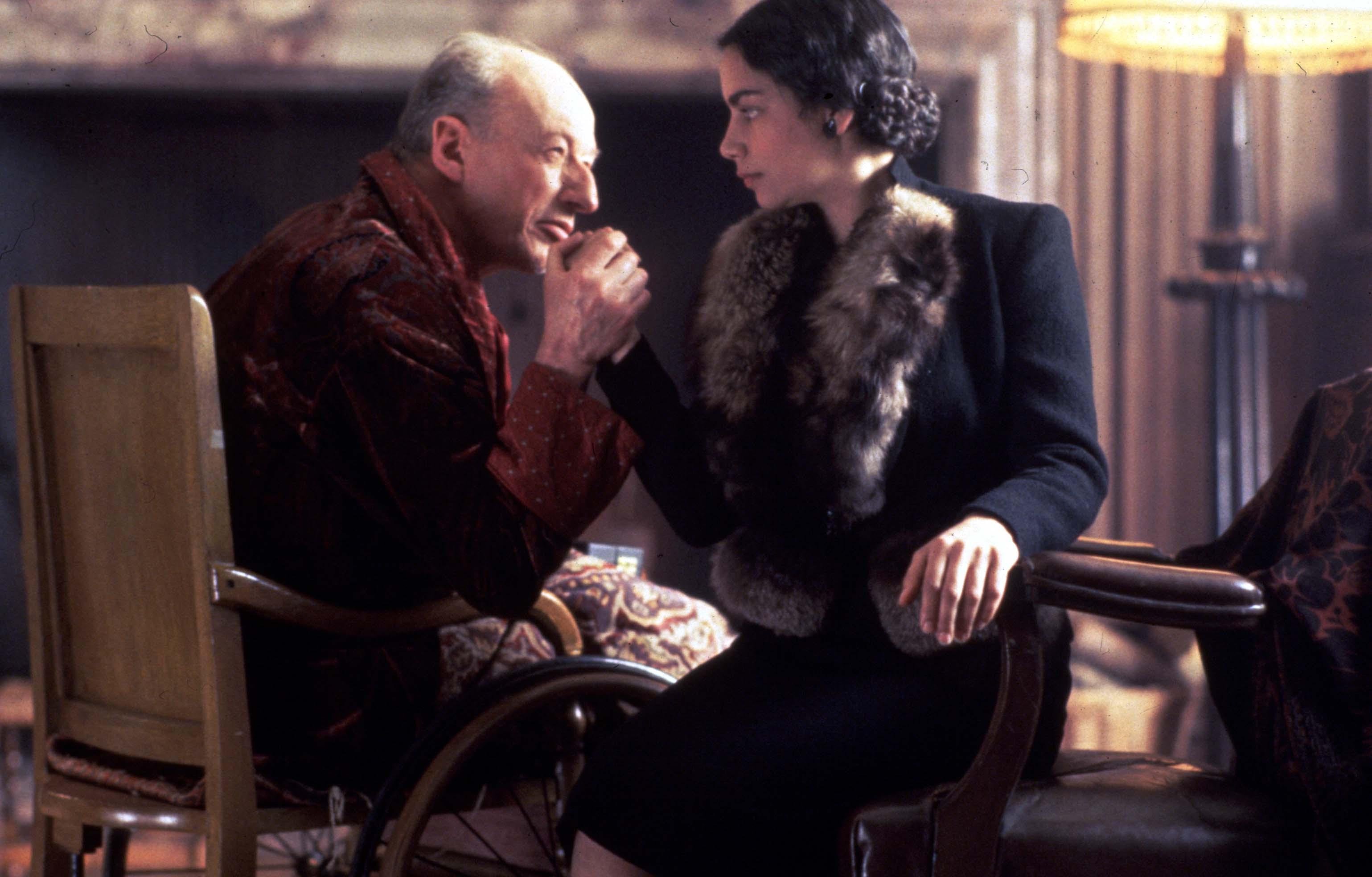 Hercule Poirots Christmas.06x01 Hercule Poirot S Christmas 1994 Agatha